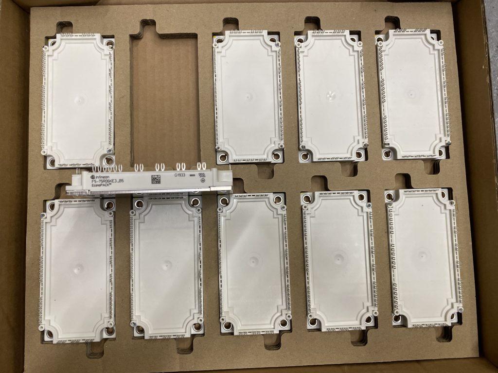 IGBT tranzistory pro invertory SMA