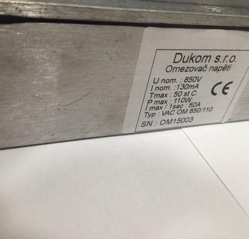 Omezovač napětí na prázdno z FV panelů pro fotovoltaické měniče